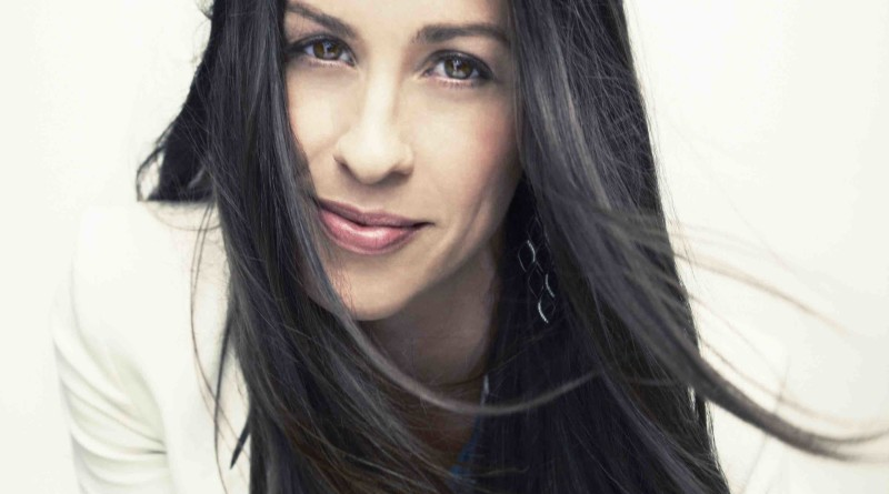 Alanis - white jacket (photo cred_Williams & Hirakawa)